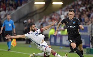 A l'image des précieux efforts défensifs de Nabil Fekir, ici face à Lucas Ocampos, l'OL a totalement rectifié le tir cette semaine.