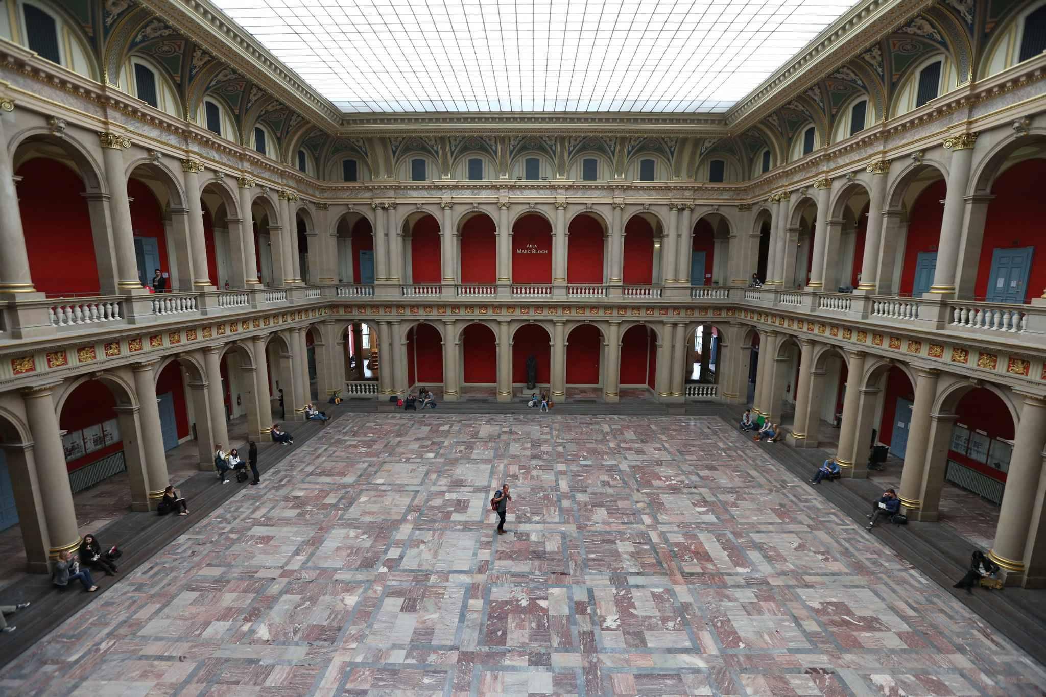 Strasbourg les festivit s au palais universitaire c 39 est for Salon des ce strasbourg