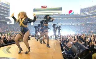Beyoncé à deux doigts de la catastrophe ! - Le Rewind (vidéo).