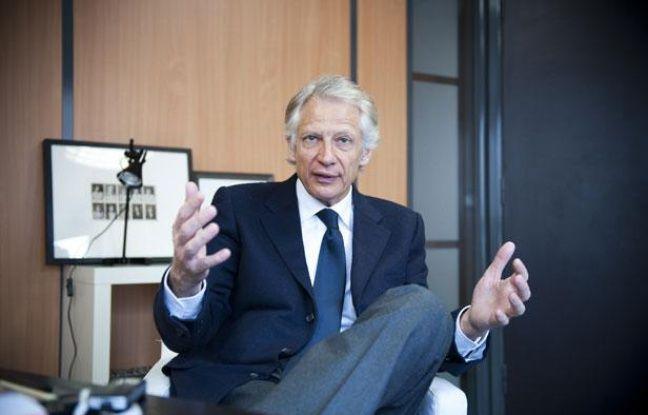 Dominique de Villepin en interview a son QG de campagne, au 91 bis rue de Cherche-Midi àParis, le 1er mars 2012.