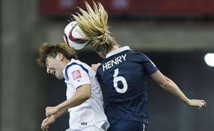 Amandine Henry au duel contre la Corée du Sud, lors de la Coupe du monde 2015.