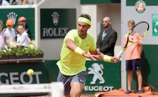 Rafael Nadal lors du deuxième tour de Roland-Garros 2019, contre l'Allemand Yannick Maden.