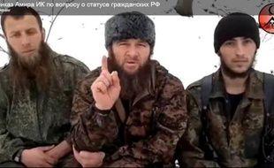 Le chef de la rébellion islamiste du Caucase russe, le Tchétchène Dokou Oumarov, a ordonné à ses partisans de mettre fin aux attaques contre des civils en Russie, à la suite des manifestations contre le régime du Premier ministre Vladimir Poutine, dans une vidéo publiée vendredi.