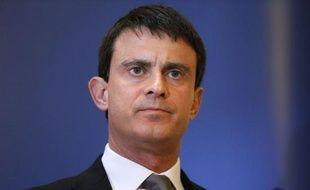 """Manuel Valls a évoqué une """"faute"""" de la Direction centrale du renseignement intérieur (DCRI) dans la surveillance de Mohamed Merah, au cours de l'émission """"Pièces à conviction"""" qui sera diffusée mercredi soir sur France 3 dans le cadre d'une soirée spéciale consacrée à l'affaire Merah."""