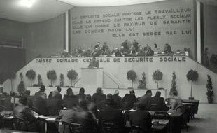 Photo datant du 22 février 1947 du Congrès pour l'Organisation de la Sécurité Sociale au Parc des Expositions de la Porte de Versailles à Paris