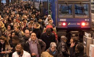 Premier jour de la grève des cheminots de la SNCF.