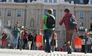 Trente boîtiers wifi seront installés dans les commerces du centre-ville de Rennes pour suivre les mouvements des smartphones.