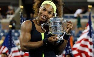 L'Américaine Serena Williams, tête de série N.4, a remporté l'US Open en battant dimanche en finale la Bélarusse Victoria Azarenka (N.1) 6-2, 2-6, 7-5 au terme d'un match de haute volée.