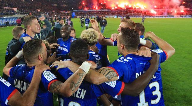 Strasbourg est allé chercher sa remontée en Ligue 1 en s'offrant au passage le titre de Ligue 2 ! – G. Varela / 20 Minutes
