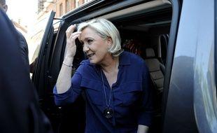 Marine Le Pen, présidente du Front national, candidate aux élections législatives, le 11 juin 2016 à Hénin-Beaumont.