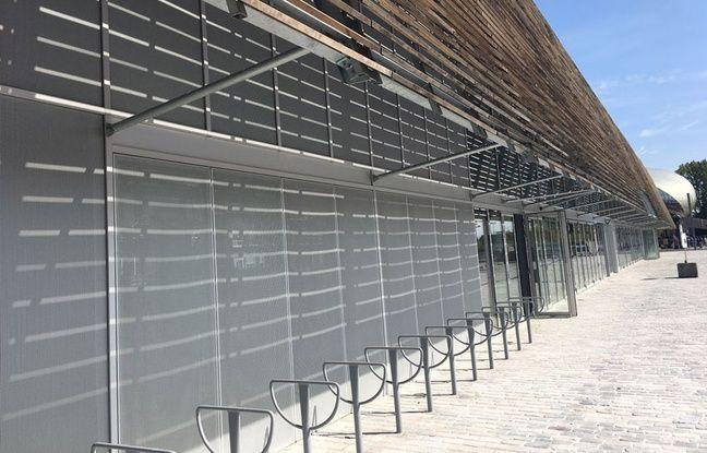 Les halles de Bacalan, en face de la Cité du Vin à Bordeaux, le 21 septembre 2017