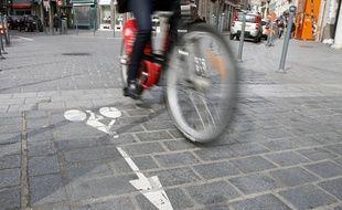 Une piste cyclable (illustration).