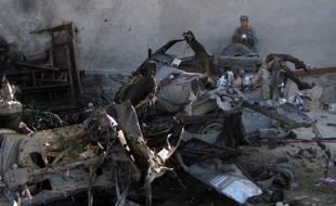 """Les talibans ont déclenché six attaques suicide concomitantes dimanche en Afghanistan pour marquer, selon eux, le début de leur traditionnelle """"offensive de printemps"""", dont trois en plein coeur de Kaboul ayant notamment visé le Parlement, un vice-président et des ambassades."""