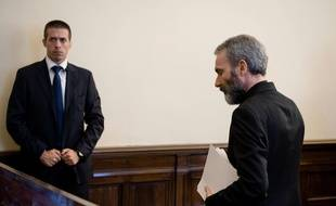 L'ancien diplomate du Vatican, Mgr Carlo Alberto Capella a été condamné pour détention de matériel pédopornographique.
