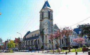 Sid-Ahmed Ghlam ni son implication dans le meurtre de Aurélie Châtelain, lors de l'attentat avorté de Villejuif.