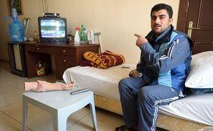 Zaher, réfugié syrien de Deraa, dans un hôtel d'Amman (Jordanie) transformé en centre de rééducation par Médecins sans frontières, le 26 février 2012.