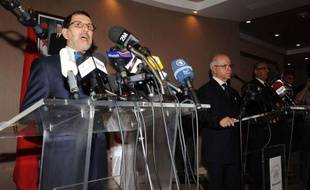 Alger et Rabat ouvrent une nouvelle page de leurs relations, axée sur les échanges économiques et le grand projet d'union maghrébine, tout en avançant à petits pas sur les sujets délicats, après la première visite d'un chef de la diplomatie marocaine en Algérie depuis 2003.