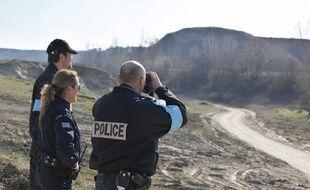 Une équipe d'intervention de Frontex à la frontière greco-turque, en février 2011.