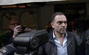 """Paris, le 4 novembre Yann Moix arrive au restaurant Drouant pour recevoir le prix Renaudot pour son livre """"Naissance"""""""