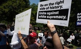 Un rassemblement à Washington, aux Etats-Unis, après la fusillade d'El Paso, le 6 août 2019.