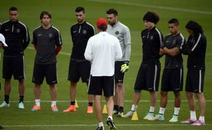 Les joueurs du PSG lors d'un entraînement avec Laurent Blanc, le 30 septembre 2014, à Saint-Germain-en-Laye.