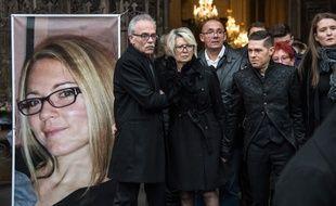 Le rictus de douleur déformait son visage durant les funérailles de sa femme, le 8 novembre 2017 : Jonathann Daval a finalement avoué mardi 30 janvier 2018 avoir tué Alexia et a été mis en examen et écroué pour meurtre.