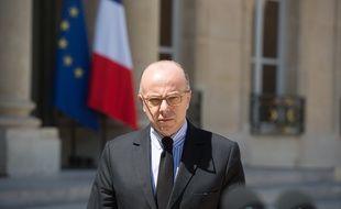 Le ministre de l'Intérieur Bernard Cazeneuve devant l'Elysée, le 27 juin 2015.