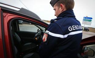 Illustration. Contrôle sécurité routière des gendarmes.
