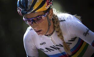 Pauline Ferrand-Prévot, ici en janvier 2020, a remporté samedi son premier titre de championne d'Europe de VTT cross-country, le 17 octobre.