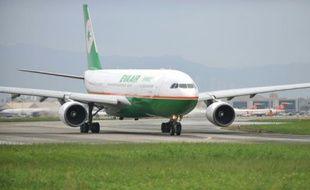 Un appareil de la compagnie Eva Airways, le 31 octobre 2010 à Taipei