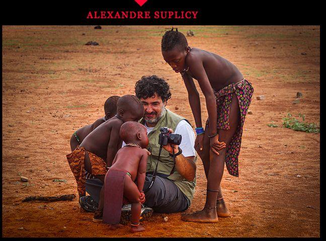 Capture d'écran du site internet du photographe brésilien, auteur des photographies reprises dans de nombreuses publications virales, à l'origine d'un hoax très célèbre.