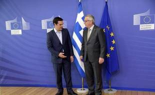 Alexis Tsipras (à gauche) et Jean-Claude Juncker avant leur réunion à Bruxelles le 3 juin 2015