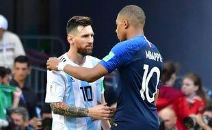 Kylian Mbappé et le meilleur joueur du XXIe siècle