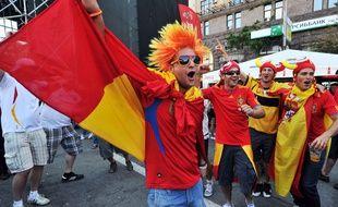 Des supporters espagnols dans la fans-zone de Kiev en Ukraine, lors de l'Euro 2012.