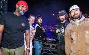 Idris Elba, Gary Richards (Destructo), Xavier de Rosnay et Gaspard Augé (Justice) et Pedro Winter (Busy P) au festival AMF, à Los Angeles, le 19 octobre 2019.