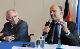 La France et l'Allemagne comptent relancer le projet de taxe européenne sur les transactions financières (TTF), ont indiqué lundi le ministre de l'Economie français Pierre Moscovici et le ministre allemand des Finances Wolfgang Schäuble.