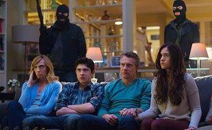 La série américaine Hostages, diffusée à l'automne 2013 sur CBS, arrive sur TF1 le 26 juin 2014