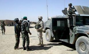 Des soldats américains et afghans à Kandahar en 2004 (illustration).