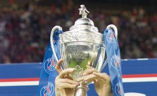 La Coupe de France remportée par le Paris-Saint-Germain, le 30 mai 2015 au Stade de France.