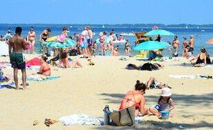 Illustration de la plage de Biscarrosse dans les Landes.