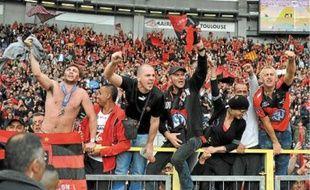 Près de 5000, dimanche, au stadium de Toulouse, les supporters varois préparent le déplacement vers Paris.