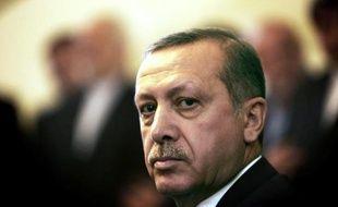 Plus d'une centaine de magistrats en poste à Istanbul ont été mutés, dont deux des procureurs en charge de l'enquête anticorruption qui éclabousse le Premier ministre turc Recep Tayyip Erdogan, ont rapporté mercredi les médias turcs.