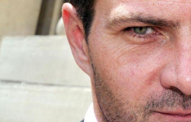 Un consultant financier cité comme témoin par la défense, extérieur au dossier mais affirmatif, a décortiqué jeudi matin au procès en appel de Jérôme Kerviel le mécanisme d'un supposé complot à la Société Générale contre l'ancien trader.