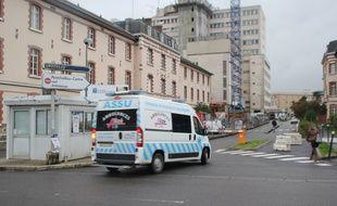 Les abords du CHU Pontchaillou à Rennes.