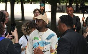 Le rappeur Kanye West à la Fashion Week de Paris