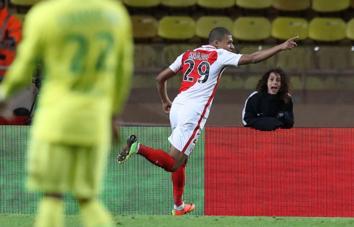 Kylian Mbappé a inscrit un doublé lors de Monaco-Nantes (4-0), le 5 mars 2017.  – VALERY HACHE / AFP