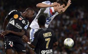 Le milieu de terrain de Lyon Yoann Gourcuff contre Reims en août 2013, au stade de Gerland.