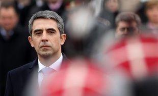 """Le nouveau président bulgare de droite Rossen Plevneliev, 47 ans, élu fin octobre, a pris ses fonctions dimanche, s'engageant à travailler à ce que la Bulgarie soit """"un membre digne de l'Union européenne""""."""