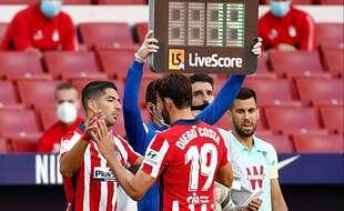 Diego Costa, remplacé par Luis Suarez
