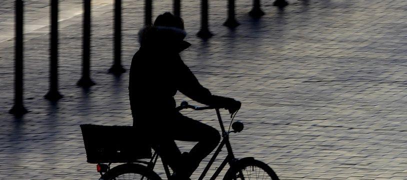 Illustration d'un cycliste à Lille.
